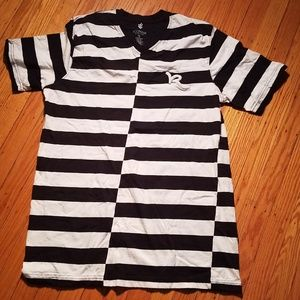 Rocawear Black and White Striped T-Shirt | V-Neck